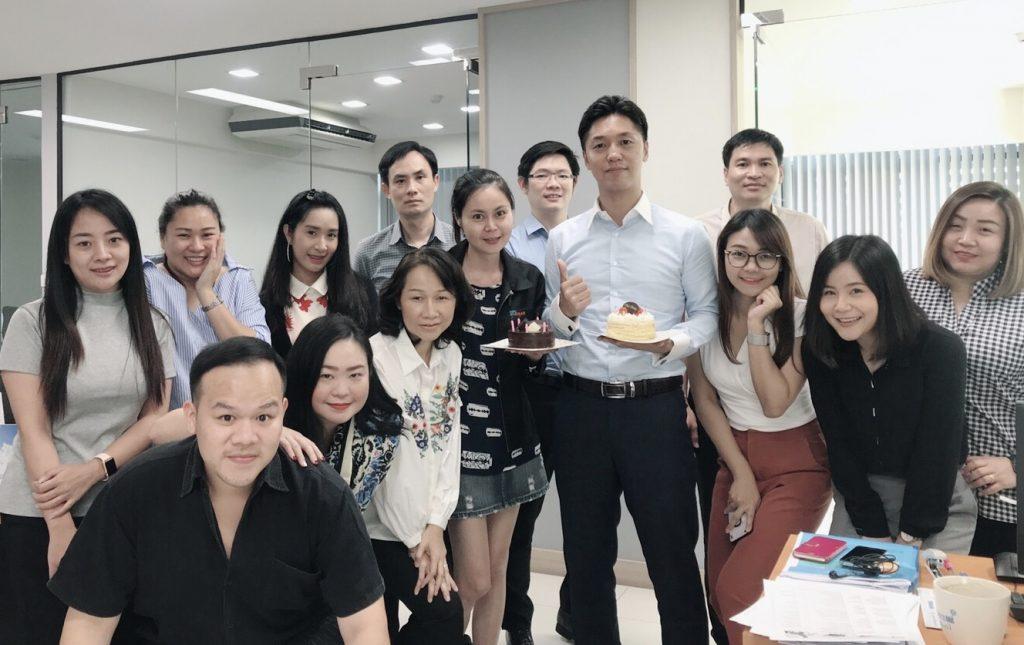 副業・起業を失敗して300万円借金をしたが社長になる。ドブ板営業・寝技・Web集客の強みを活かしてタイで会社経営中。